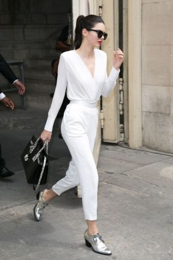 Kendall-Jenner-leaves-the-Chanel-show-as-part-of-Paris-Fashion-Week-Haute-Couture-FallWinter-20152016-on-July-7-2015 (1)